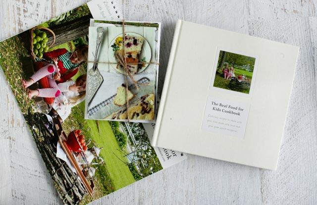 Eloise Emmett Gift Cards, Book and calendar (1 of 1)