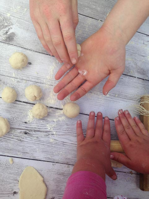 dough rolling (1 of 1)