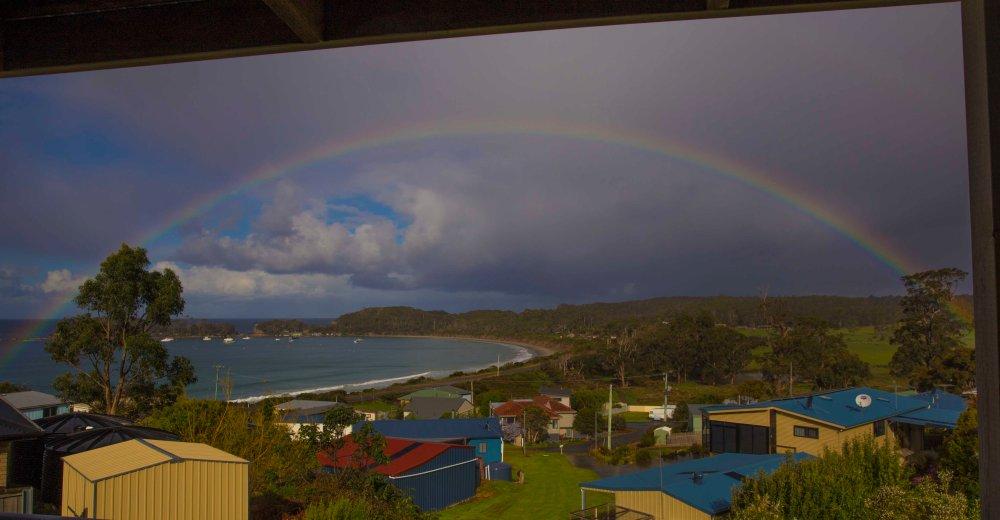 pirates-bay-rainbow